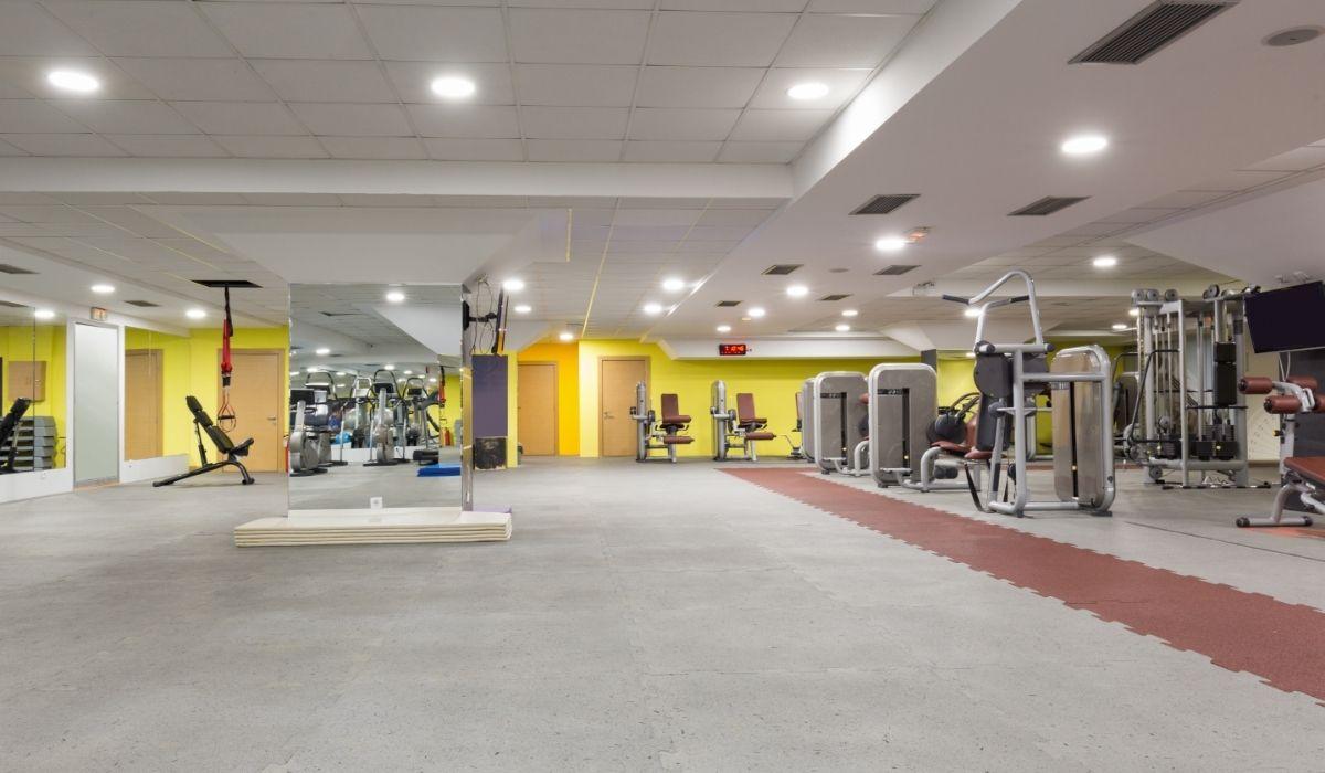 gym equipment buyer